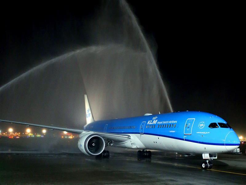 KLM 789